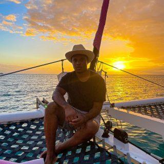 Sunset  . . . . . . . . . . . . . . . . . . . . . . . . . . . . . . . #oahu #hawaii #sunset #photo #igers #photooftheday #catamaran #ocean #picoftheday #travel #igtravel #me #youngblacktravelersblog #instatravel #travelblogger #tweegram #instacool #bestoftheday #instadaily #amazing #life #midweek #swag #bestoftheday #islandlife